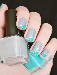 Simple nail art http://www.omundodejess.com/2014/04/eco-kit-de-marco-european-soul.html