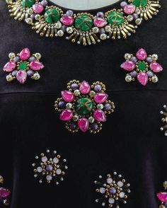Yves Saint Laurent - Haute Couture - Robe de Cocktail - Daim, Satin Rose, Satin Noir et Broderies de Pierreries des Ateliers Lesage - 1968-69
