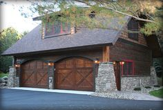 Garage/ Carriage House ~ Land's End Development