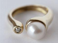 anillo con perla en oro - Buscar con Google
