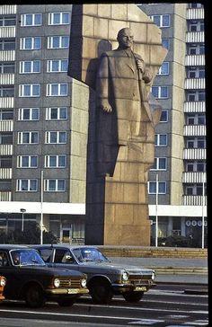 East Berlin - February 1982 - Leninplatz Berlin (actuellement Platz der Vereinten Nationen)