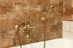 Obklad/dlažba Brick America | Série dlažeb | SIKO KOUPELNY Brick, Country, Vanity, Bronze, America, Bathroom, Design, Dressing Tables, Washroom