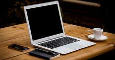 Als Blogger Geld verdienen: Du brennst für ein bestimmtes Thema, hast bereits einen Blog dazu aufgesetzt und diesen fleißig mit Inhalten gefüllt? Dann wird es höchste Zeit, diesen zu monetarisieren, um dein Einkommen ein wenig aufzustocken. Welche Möglichkeiten es dafür gibt, erfährst du im heutigen Blogbeitrag.