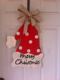 Wood door hanger MERRY CHRISTMAS WITH BURLAP BOW