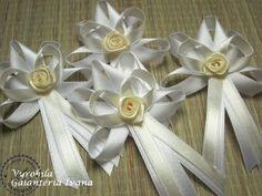 Svadobné pierko veľké skladané s ružčkou bielo-smotanové
