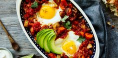 The Best Shakshuka. Foolproof Shakshuka: Eggs poached in spicy tomato-based veggie stew and served with crusty bread. Shakshuka Recipes, Hot Bacon Dressing, One Skillet Meals, Egg Skillet, Skillet Recipes, Eat This, Think Food, Cooking Recipes, Healthy Breakfasts