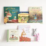 Ostern naht ... Die süßen Hasen hat uns die liebe Tine @bachmaiair genäht! 🐰❤ . . . #kinderzimmer #ostern #bücher #lesen #vorlesen #herrundfraukrauss