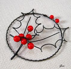 Christmas Makes, Christmas Crafts, Christmas Ornaments, Wire Crafts, Diy And Crafts, Wire Ornaments, Wire Art, Handicraft, Objects
