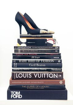 Books + Stilettos = So Hot.