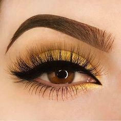 Yellow Eyeshadows Full Natural Lashes