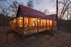 #McCurtainCounty Twelve Oaks - Twelve Oaks, Broken Bow #Cabins, is a two bedroom cabin with a loft (sleeps 6) located in the Timber Creek ...