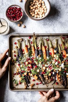 Roasted Whole Carrots with Tahini Dressing: A classic and easy to make side dish that you can anytime of the year. Side Dish Recipes, Veggie Recipes, Vegetarian Recipes, Cooking Recipes, Healthy Recipes, Healthy Food, Dinner Recipes, Carrot Recipes, Gf Recipes