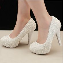 New design fashion wedding shoes lace and pearl decoration bride wedding high heel shoes Freeshipping(China (Mainland))