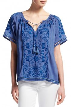 98989111f2bad7 Earlba Floral Embroidered Top