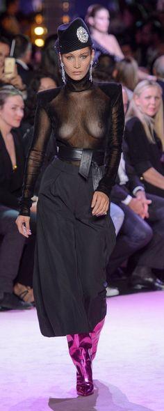 Alexandre Vauthier Automne-hiver 2017-2018 - Haute couture - http://fr.orientpalms.com/Alexandre-Vauthier-6830 - ©ImaxTree