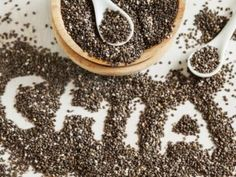 Chia seeds are an unsung hero that can do wonders to your beauty regimen. this humble superfood is a nutritional powerhouse, and packs a punch of omega 3 Yummy Snacks, Healthy Snacks, Healthy Eating, Salvia Hispanica, Lemon Face Mask, Diabetes, Chocolate Mayonnaise Cake, Ham And Cheese Crepes, Organic Recipes