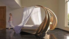 Кровать бионической формы