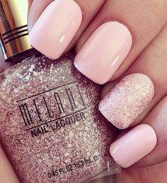 Pale pink & glitter