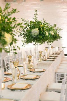 Modern DFW Wedding | Photographer: Tracy Autem Photography | Florist/ Wedding Planner: A Stylish Soiree | Venue: Sixty Five Hundred #bridesofnorthtx #weddingreception #weddingtables