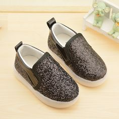 2016 autumn explosion models children casual shoes bright flash Peas shoes boys girls LED flat heels kids shoes size 21-30
