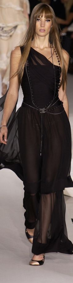 Love this all-black look by #Chanel. #style #couture More
