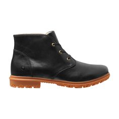 A stealth, sleek desert boot with a stylish, tough outsole, the Pearl Chukka cushions feet with Rebound technology and features a gum rubber lug outsole for sure footing and enduring comfort.