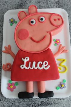 Maichi& creations: Peppa Pig Cake by rae Cake Peppa Pig, Tortas Peppa Pig, Peppa Pig Birthday Cake, Girl Birthday, Birthday Poems, Unicorn Birthday, Fondant Cakes, Party Cakes, Eat Cake