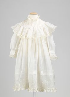 Dress  Date: 1895–1905 Culture: French Medium: cotton