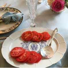 Red White+Blue ������ . Memorial Day Photo Home Grown Tomatoes & Gorgeous Sterling By @gryphonestatesilver On Our Weave Monogrammed Platter | Appreciating Family & Country After Visiting Dachau Yesterday, A Stark Memorial For The Ultimate Sacrifice �� . #MemorialDay #Homegrown #Redwhiteandblue #blueandwhite #blueandwhiteforever #vintagesterling #estatesterling #vintagechic #sterling #sterlingsilver http://gelinshop.com/ipost/1525383474110218799/?code=BUrQDAYl0Iv