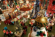 The world's largest Christmas store with over 90,000 square ft of newly expanded shopper's dream! Bigger than 1 1/2 football fields in size featuring over 50,000 trims, gifts, and collectibles. Fun for all ages & open 361 days a year.