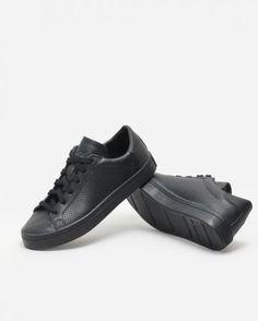 finest selection 971e9 ad0ea Adidas Originals - Court Vantage Adidas Sneakers, Adidas Originals