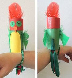 Crafts for kids - parrot that sits on your arm wrist. Make this from toilet paper tube. Great as a pirate Crafts for kids - parrot that sits on your arm wrist. Make this from toilet paper tube. Great as a pirate theme activity! Kids Crafts, Summer Crafts, Toddler Crafts, Preschool Crafts, Craft Projects, Kids Pirate Crafts, Crafts For Children, Pirate Kids, Family Crafts