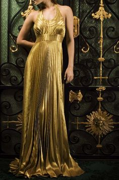 The Look: Gold Lame Dress - Marc Audibet for Vionnet Gold Fashion, High Fashion, Vintage Fashion, Roman Fashion, Dress Fashion, Glamour, Gold Dress, Dress Up, Gold Gown