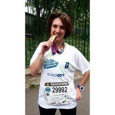 "11 Likes, 2 Comments - Béline Boulay (@beli_belo) on Instagram: ""Did it ! Finisher 20km de Paris en 1h49 😀😀😀 #happy #running #20kmdeparis #borntobesolidaire…"""
