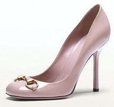 Feel like a Celeb, Look like a Celeb..Gucci Jolene Womens Cipria Patent Leather Pumps
