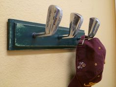Simple Solutions To Help You Improve Your Golf Game. Golf is a very enjoyable sport that can be a lot of fun to play. Read on for ideas to help you become successful at golf if that is what your heart desires Golf Club Crafts, Golf Club Art, Golfball, Vintage Golf Clubs, Golf Room, Diy Coat Rack, Best Golf Clubs, Idee Diy, Do It Yourself Home