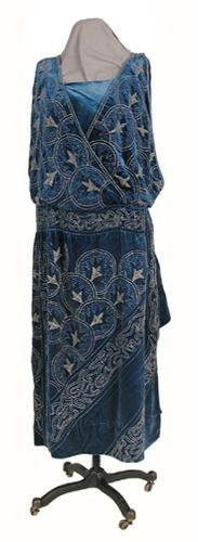 Woman's evening dress. 1922. Silk velvet; Crepe chiffon; Seed and bugle beads; Valenciennes lace (imitation). Henry Art Gallery, School of Drama Collection,