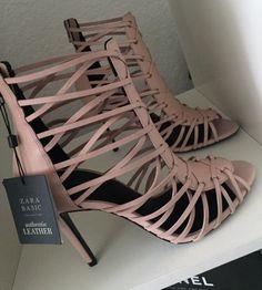My Beautiful Shoes By Dary 👠 Hot Shoes, Shoes Heels, Pumps, Zara Heels, Sneaker Heels, Sneakers, Heeled Boots, Shoe Boots, Cute Heels