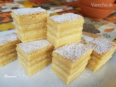 Dušičkové spomínanie: 10 zákuskov na stretnutie s príbuznými - Magazín Cornbread, Vanilla Cake, Treats, Ethnic Recipes, Sweet, Basket, Millet Bread, Vanilla Sponge Cake, Sweet Like Candy