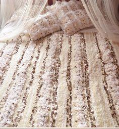 https://www.boutiquemaroc.co.uk Moroccan Wedding Blanket Handira