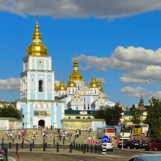 Source: @ribbetravel Back to Kiev  And its golden domes.  St. Michael's Golden-Domed Monastery --