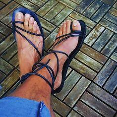 @shaineque u are unique... Sexy #sandals #sandalias #menssandals #gucci
