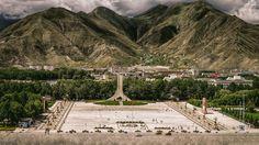 https://flic.kr/p/MfadTZ | Tibet, square in Lhasa city at the Himalayas (Lhasa, China), 06-2016, 37 (Vlad Meytin, vladsm.com)