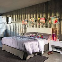 #decorar con cuadros el dormitorio apara aportar color y que no quede sobrio
