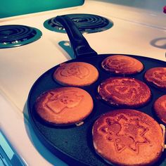 Saturday is Animal pancake day! Pancake Pan, Gourmet Cooking, Quality Kitchens, Breakfast Pancakes, Love Food, Cookware, Fries, Meals, Animal