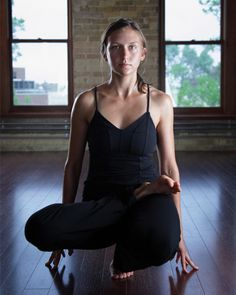 Bikram Yoga is a style of yoga that is performed in a heated room & consists of 26 asanas. Let's take a detailed look at Bikram Yoga, along with its pros & cons Namaste, Yoga Fitness, Fitness Tips, Bikram Yoga Poses, Yoga Fashion, Hot Yoga, Yoga Meditation, Yoga Inspiration, Yoga Images