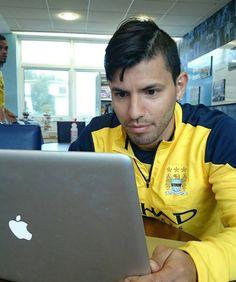 Sergio Kun Aguero, Messi, Leo, Football, Sports, Boyfriends, Soccer, Hs Sports, Futbol