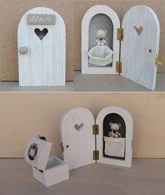 puerta ratoncito perez Helena de Lucas, Muebles Infantiles hechos a mano