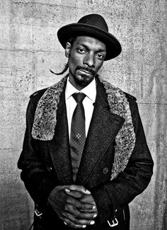 8c3424c2d7f Snoop Lion be high as a giraffe Black And White