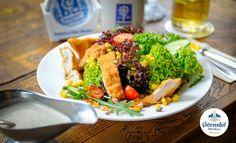 Back-Hendl Salat, immer beliebt bei Gross und Klein.   Einen schoenen Sonntag allen.    Goerreshof - Dein bayerisches Restaurant in Muenchen   www.goerreshof.de #Goerreshof #bayerisches #Wirtshaus #Restaurant #Biergarten #Muenchen #Maxvorstadt #Schwabing #Augustiner #bayrisch #guad #Traditionshaus #bavarian #placetobe